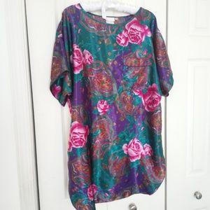 Adonna vintage sleepwear top